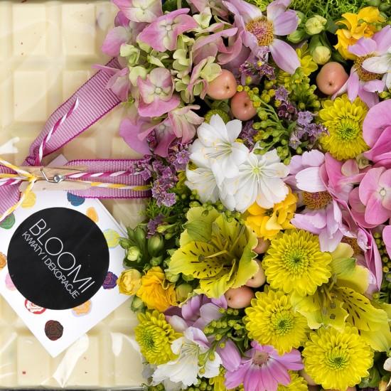 Kwiatowa Szkatułka z taflą czekolady